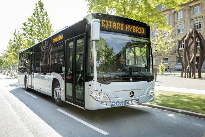 Příchod Citara hybrid otevírá pro Mercedes-Benz zcela novou kapitolu pohonů městských autobusů (foto: Daimler Buses)