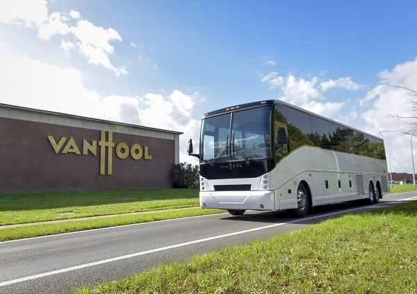 Elektrobus pro meziměstskou dopravu Van Hool CX45 E (foto: Van Hool)
