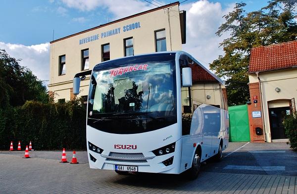 Školní autobus ISUZU NOVO (foto: Zdeněk Nesveda)