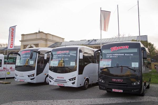 Autobusy ISUZU na veletrhu CZECHBUS, VISIGO, NOVO, TURQUOISE (foto: Martina Wiesner)