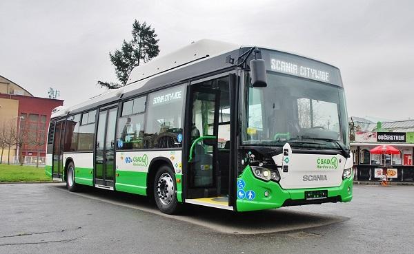 O naše exponáty byl velký zájem, zejména pak o městský autobus Scania Citywide LF s pohonem na CNG. (foto: Zdeněk Nesveda)