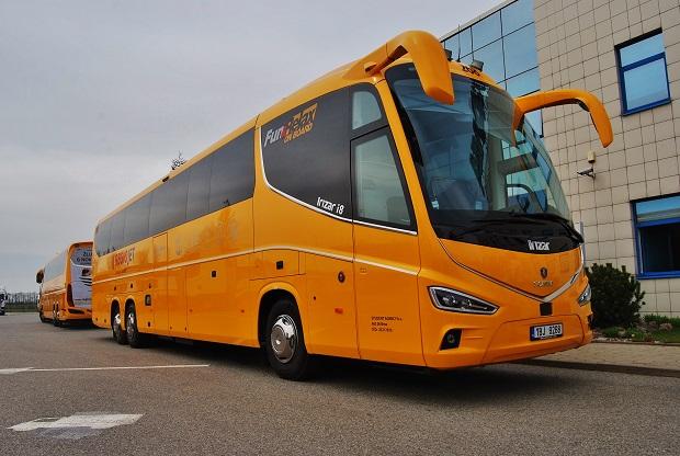 RegioJet - IRIZAR i8 na podvozku Scania (foto: Zdeněk Nesveda)