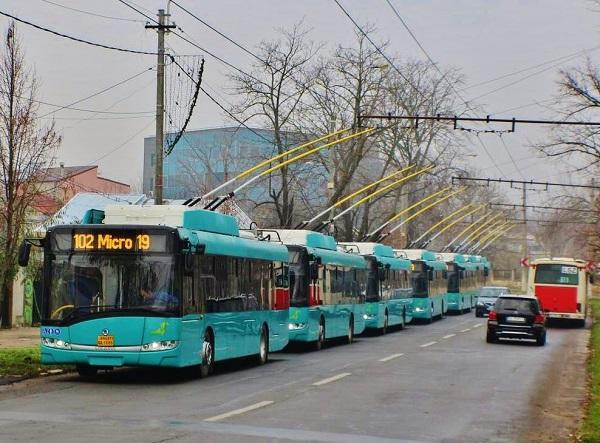 Čtrnáct vozidel typu Škoda 26Tr do Rumunska (foto: Zdeněk Nesveda)