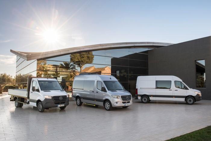 Světová premiéra užitkové dodávky Mercedes – Benz Sprinter, tři základní verze (foto: Daimler)