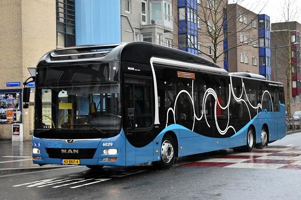 Od konce uplynulého roku zajišťuje největší část městské a příměstské dopravy v nizozemském Almere 100 autobusů MAN Lion's City (foto: MAN)