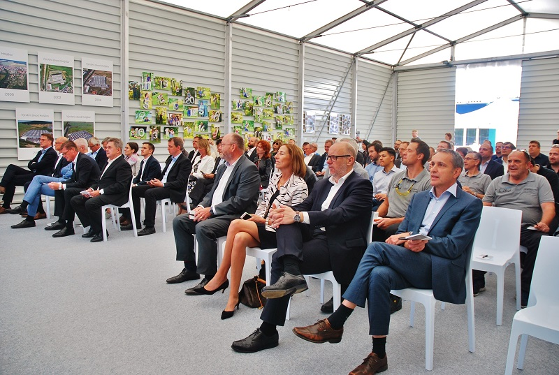 Slavnostní položení základního kamene nových výrobních prostor v závodě EvoBus v Holýšově 22.6. 2018 (foto: Zdeněk Nesveda)