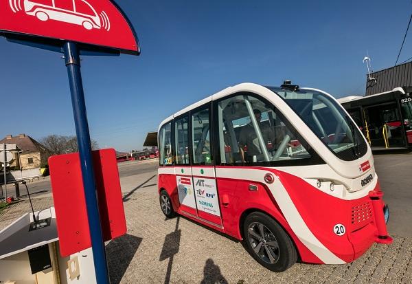 Wiener Linien testuje první autonomní elektrobus