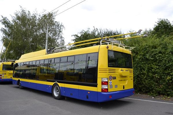 Pět nových parciálních trolejbusů Škoda 30Tr začne jezdit v Teplicích (foto: ARRIVA)