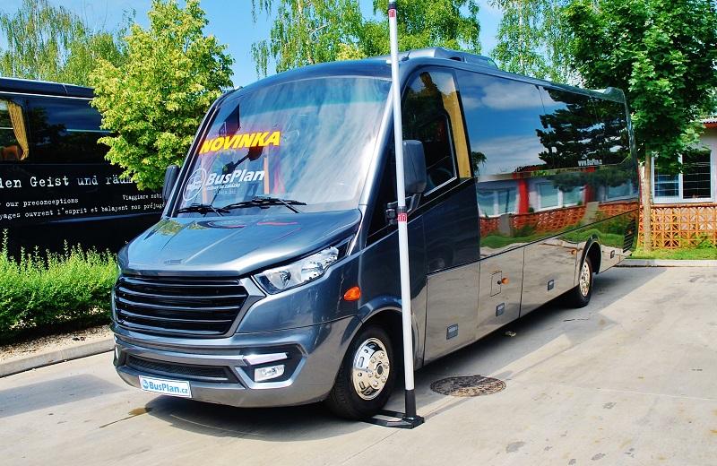 Novinka, autobus Iveco Daily s novým faceliftem na veletrhu BUS SHOW 2018 (foto: Zdeněk Nesveda)