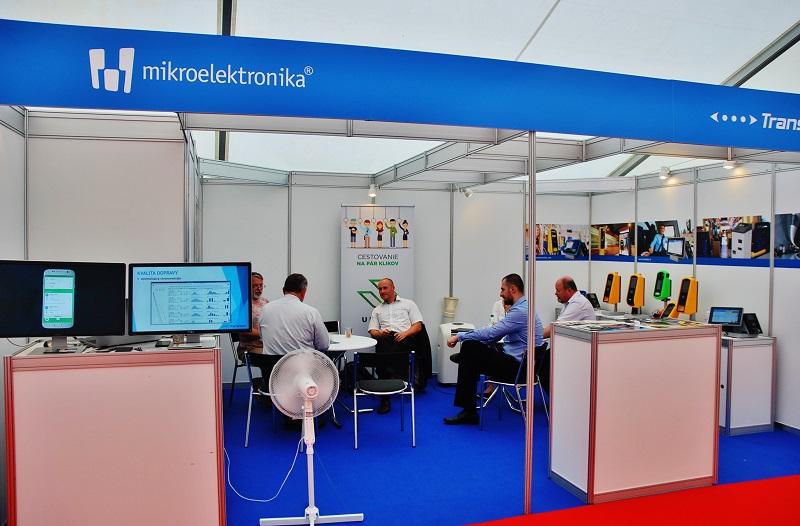 Spoločnosť Mikroelektronika predstavila na veľtrhu BUS SHOW okrem iného dva typy zariadení. Rad validátorov Vega (foto: Zdeněk Nesveda)