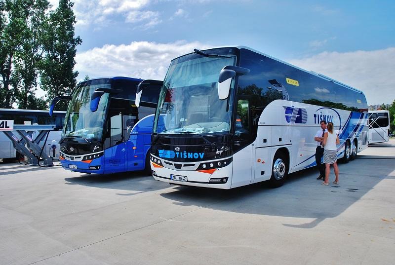 Expozice Solbus na BUS SHOW 2018, autokary Beulas Aura a vpravo Mythos, slovenská premiéra (foto: Zdeněk Nesveda)