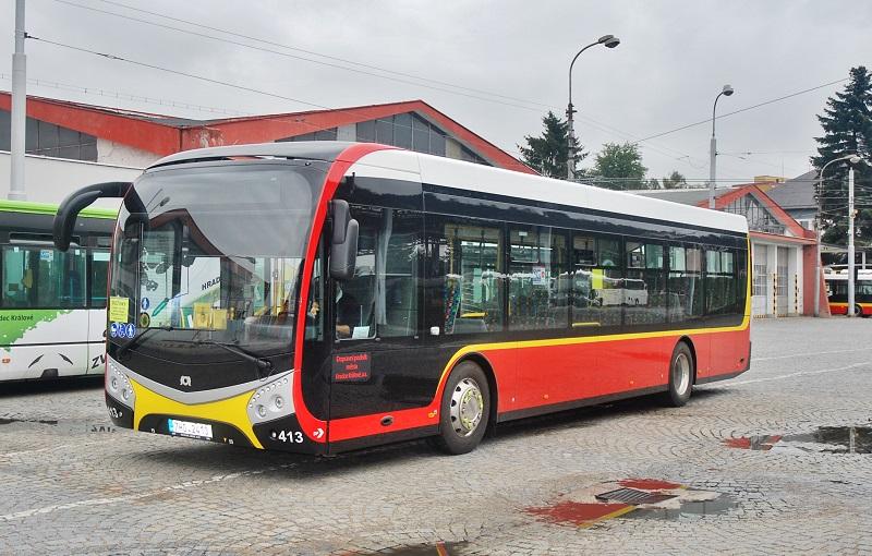 Nové elektrobusy SOR v Hradci Králové (foto: Zdeněk Nesveda)