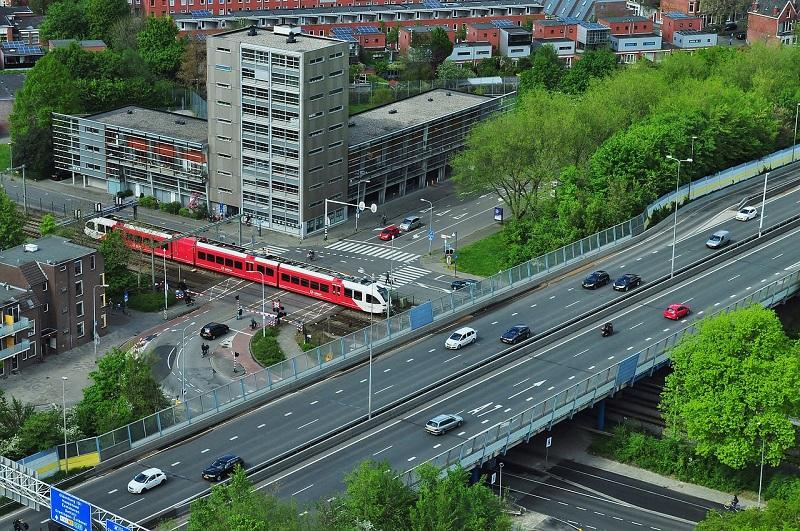 Inteligentní systémy řídí a koordinují dopravu v hustě osídlených aglomeracích (foto: archiv autora