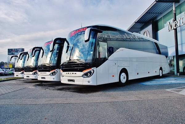 TURANCAR objednal 30 nových autokarů SETRA ComfortClass 500 a přebírá první z nich (foto: Zdeněk Nesveda)