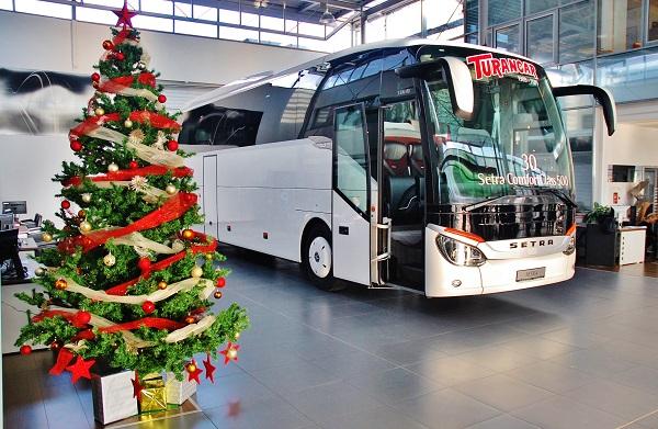 Vánoční dárek od Ježíška společnosti TURANCAR, 30 nových autobusu Setra 500 (foto: Zdeněk Nesveda)