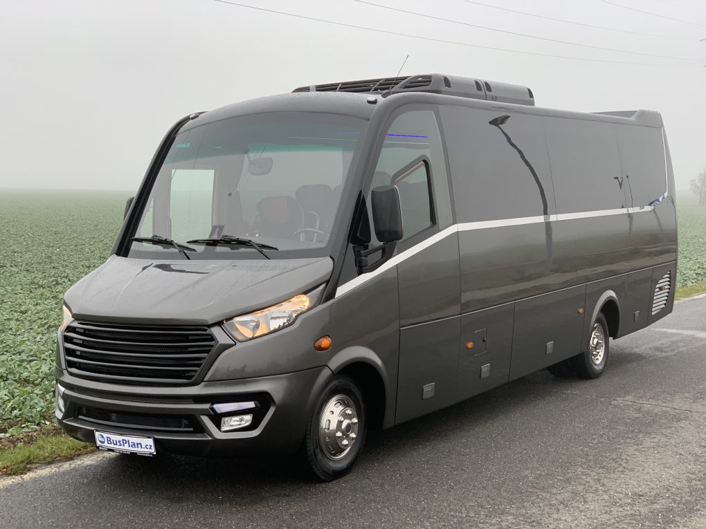 IVECO DAILY (foto: BusPlan)