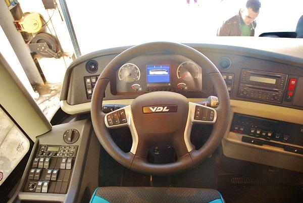 Luxusní autokar FHD2 129 -410 MX 2 2019 s kapacitou 53 + 1 +1 míst (foto: Zdeněk Nesveda)