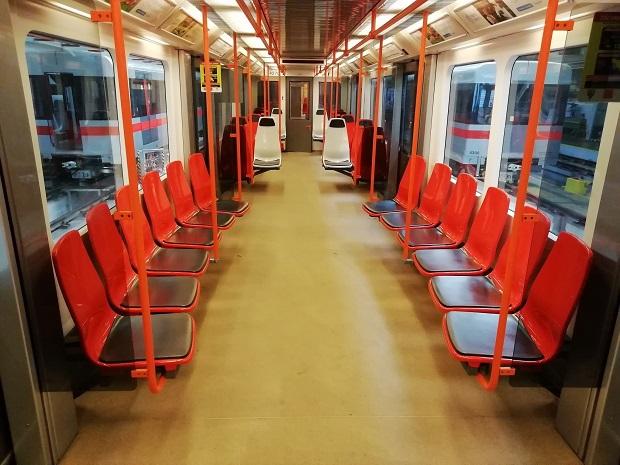Sedadla metro Praha_1