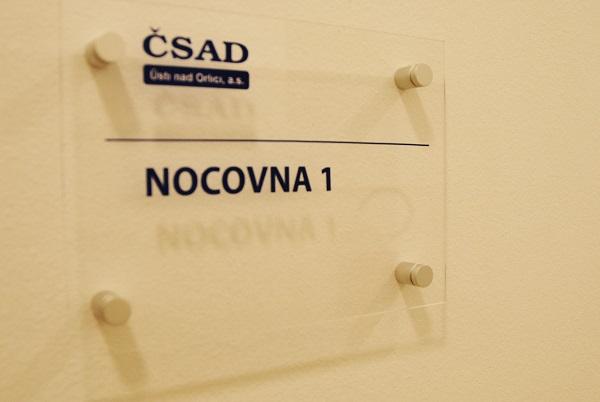 Součástí nově zrenovovaného autobusového nádraží jsou ložnice, koupelny a plně vybavená odpočinková místnost pro řidiče (foto: Zdeněk Nesveda)