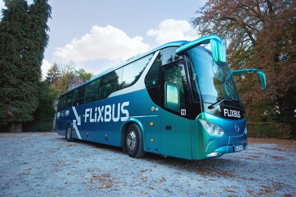 Autobus FlixBus na vodík s palivovými články