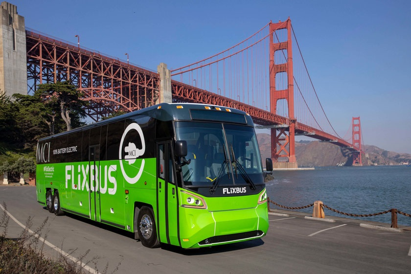 Najnovší model elektrobusu od výrobcu Elektrobus výrobcu Motor Coach Industries (foto: FlixBus)
