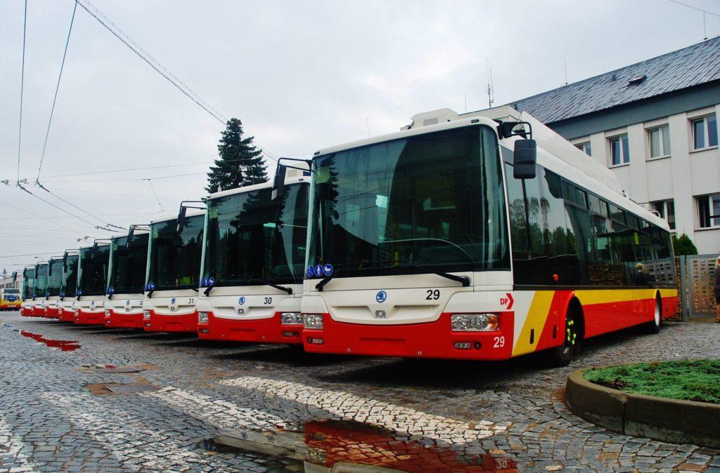 Flotila parciálnych trolejbusov v Dopravným podniku mesta Hradca Králové (foto: Zdeněk Nesveda BusPress)